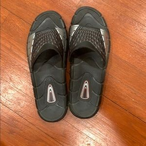 Other - Men's Slippers,Size 11/12